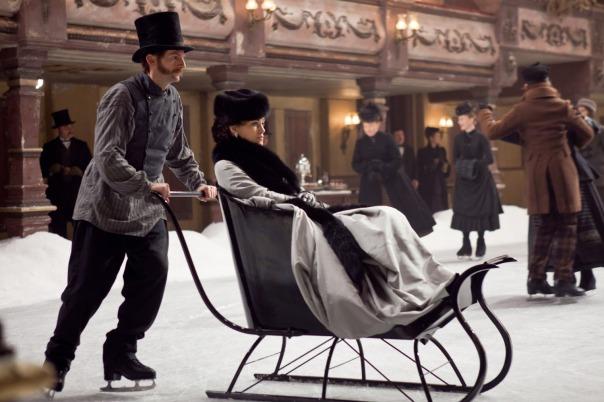 On ne quitte jamais le théâtre dans Anna Karenine, un film de mise en scène qui parle de mise en scène